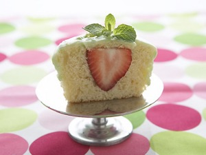 cupcakes_strawberrylimefill_lg